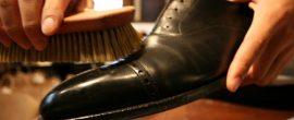【靴磨き】いに俺も起業した 資本金もほとんど要らない夢の様な仕事思いついたw 社畜リーマンさん乙www